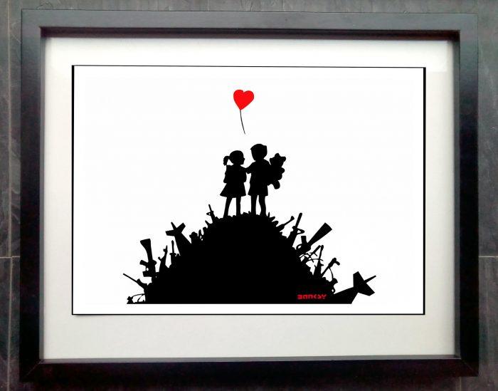 banksy love not war